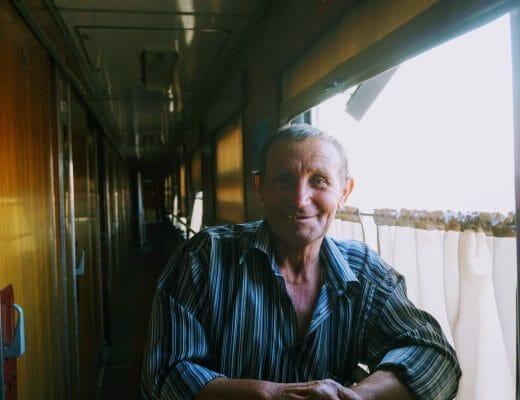 Özbekistan'da Pijama Partili Tren Yolculuğu